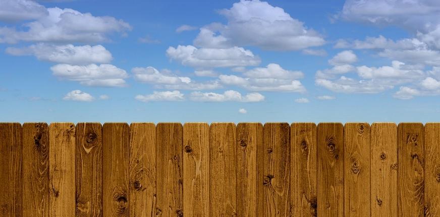 Do Fences Make Good Neighbors?
